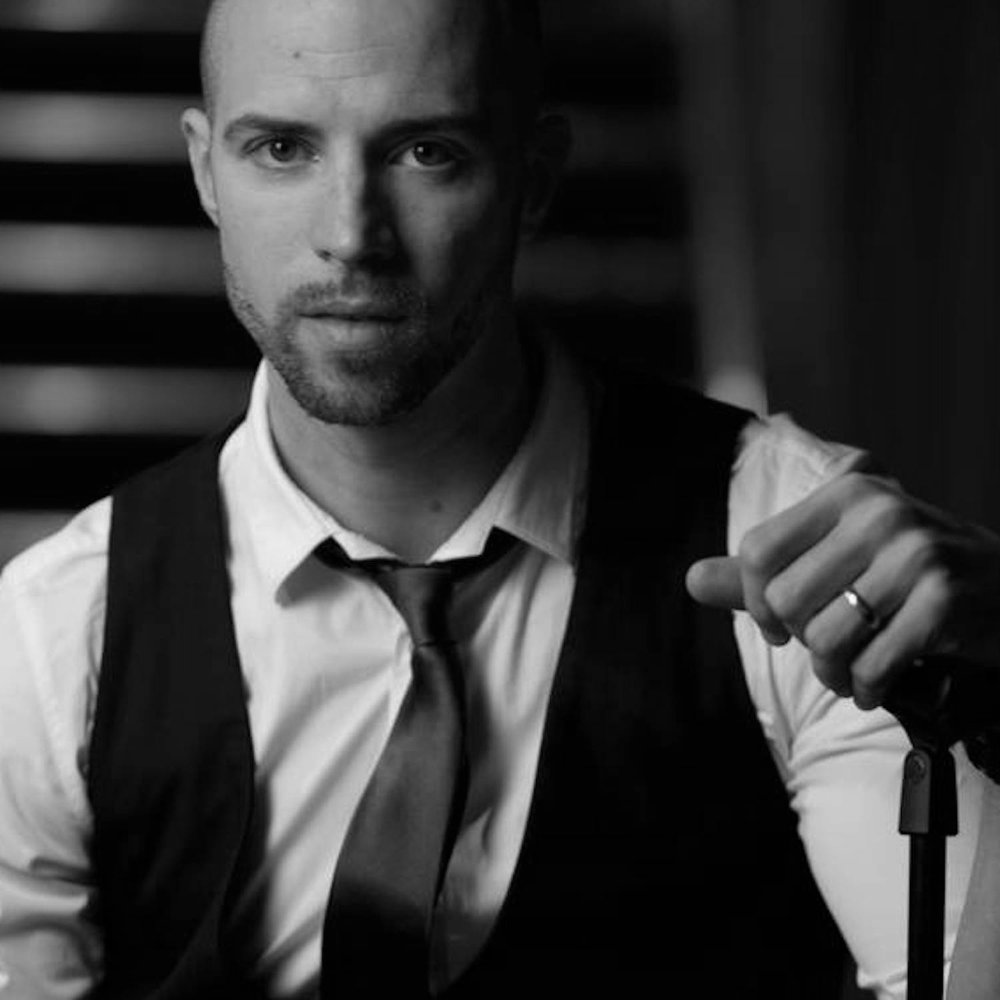 Darren Fewins -