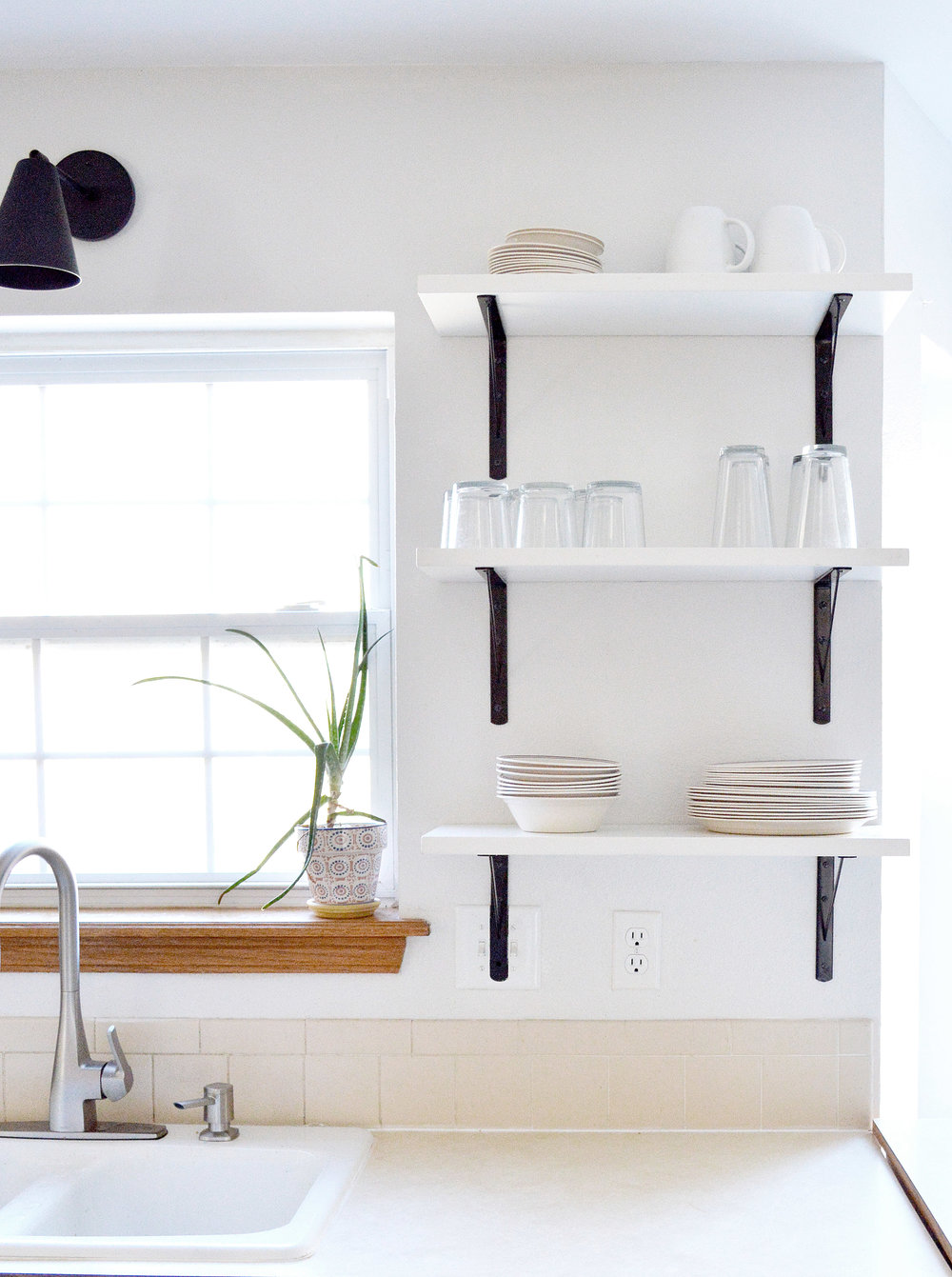 Kitchen Shelves 9.jpg