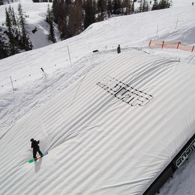 FREEFORM_EVENTS_LANDING_SNOW.jpg
