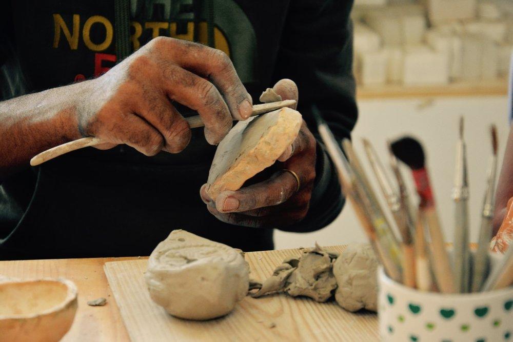 Akupara: - Inkubator rokodelstva, zadružništva in kulturne produkcije