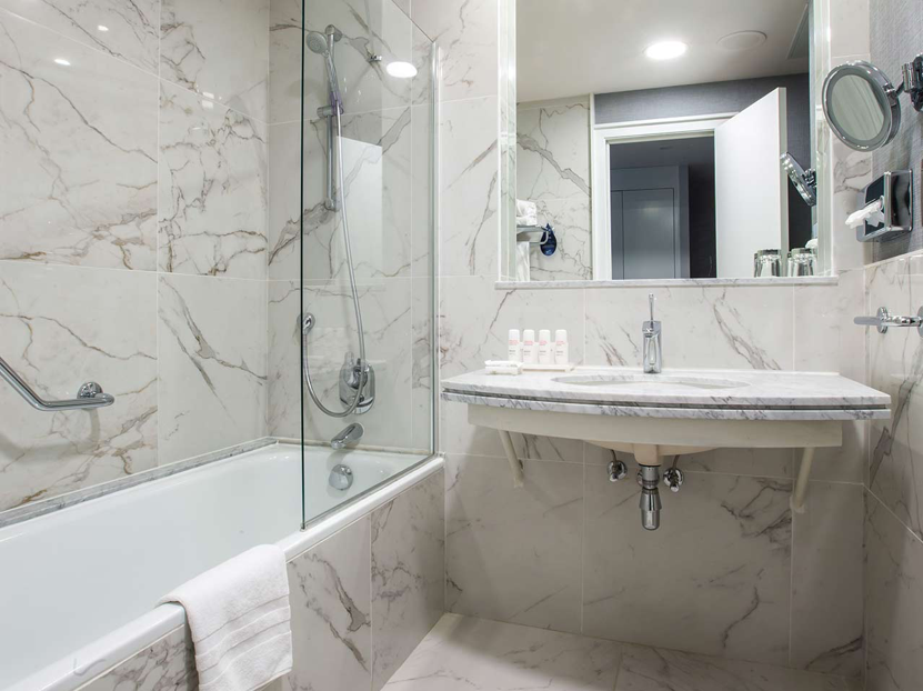Radisson BLU Astrid Hotel – Room pictures