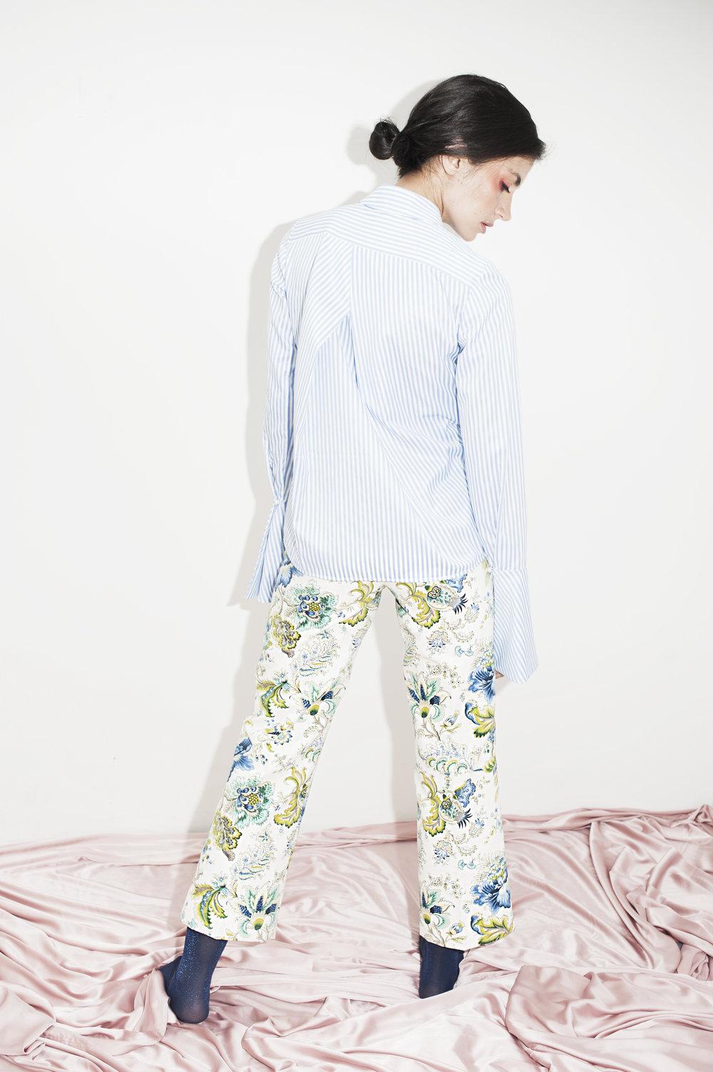 Camisa Marina + Pantalón Ancho Jardín del Edén Crema-Azul