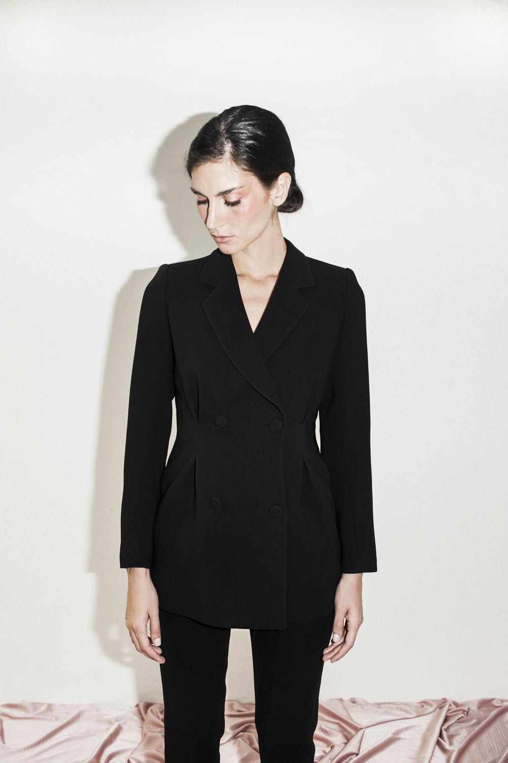 Blazer Venus Crepe Negro + Pantalón Clásico