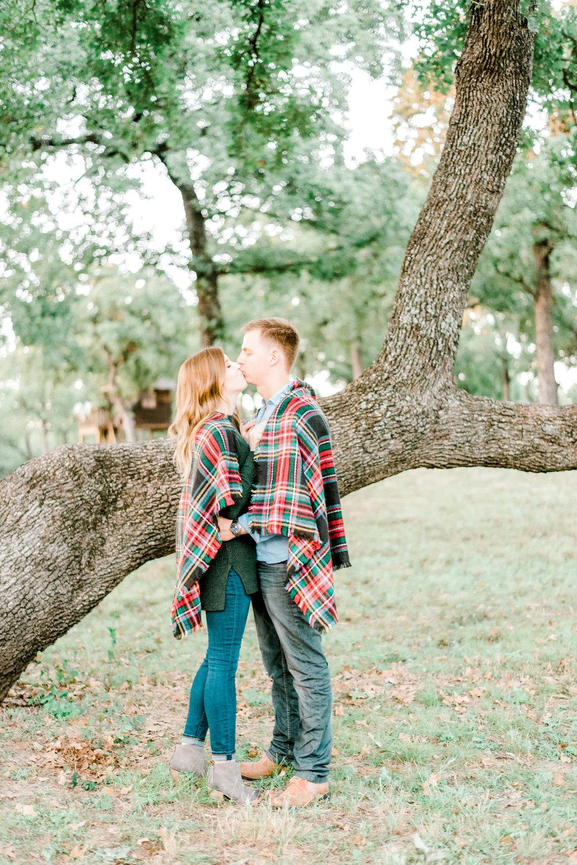gray-door-photography-dallas-texas-engagement-photos-wedding-photographer5.jpg