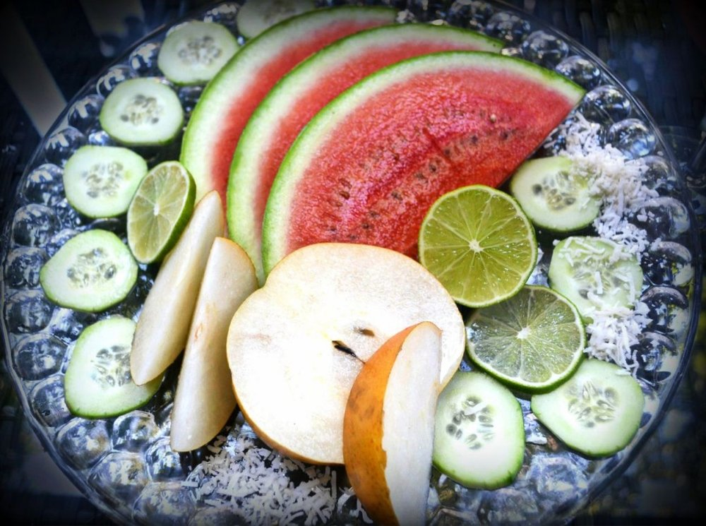 C_CocoWatermelonPlate1-2013