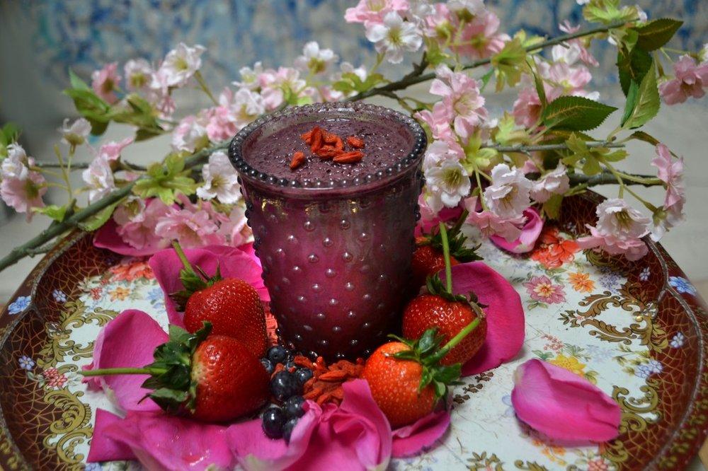 BerryGojiBlossomSmoothie2013-1024x682.jpg