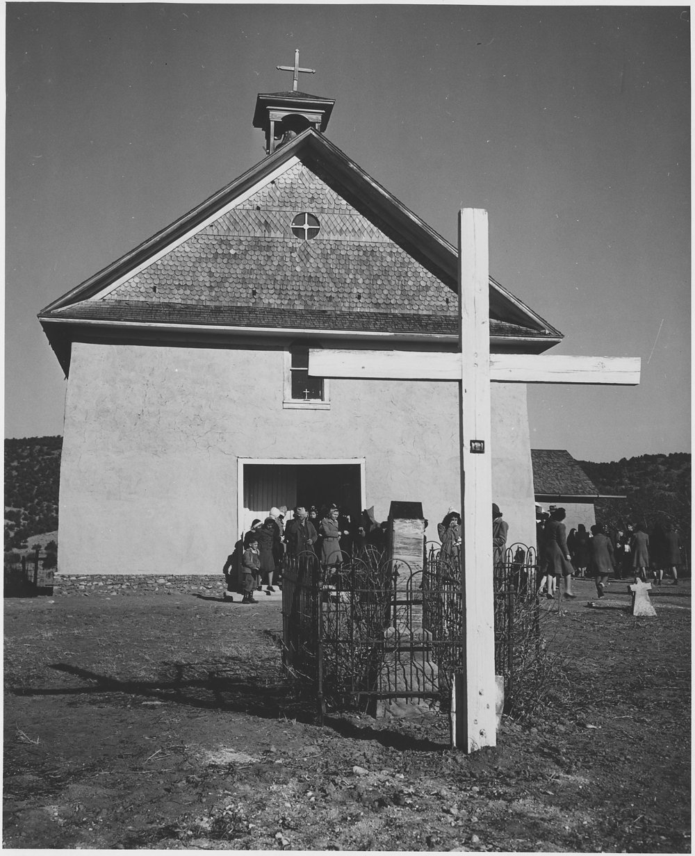 Arroyo_seco_church.jpg