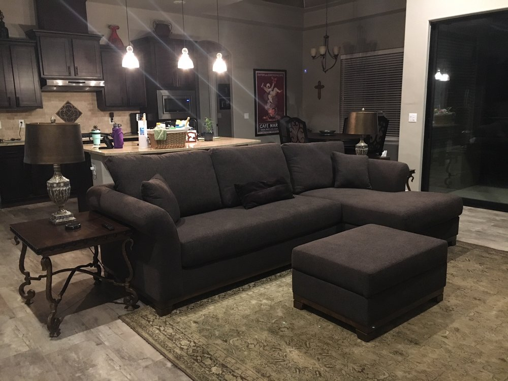 newport-sectional-with-chaise.jpeg