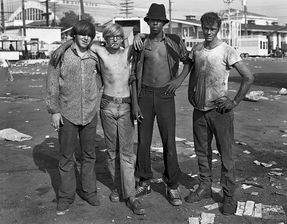Four Carny Workers , Detroit, Sept. 4, 1973 © Dave Jordano