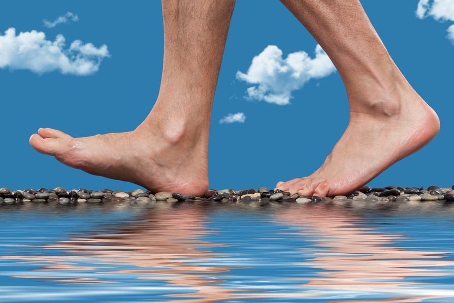 evaluate your feet for skin cancer