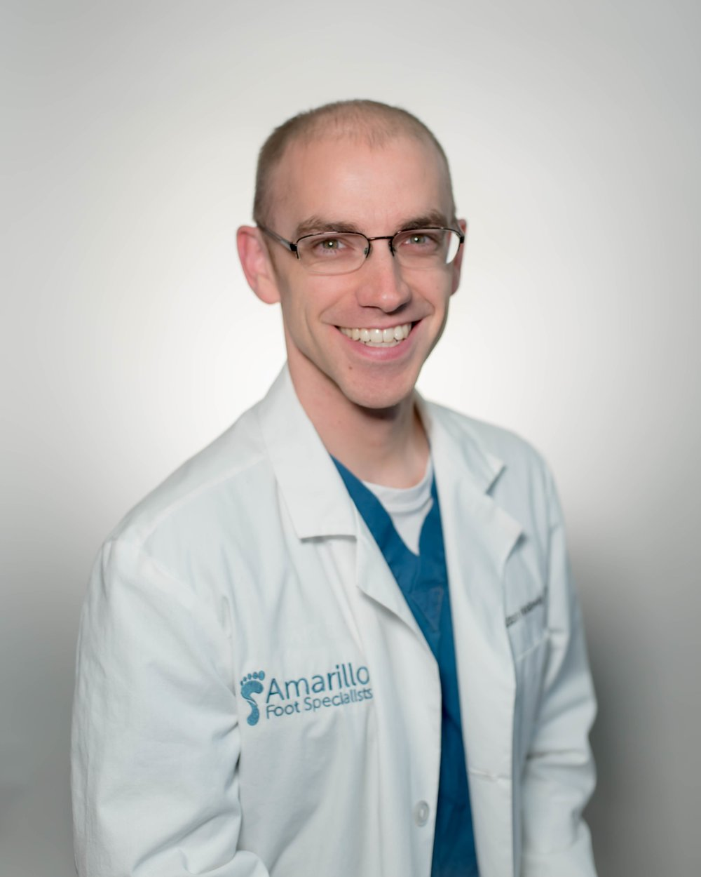 Dr. Travis Holloway Foot Specialist and Foot Surgeon