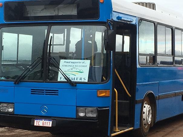 the+blue+bus.jpg