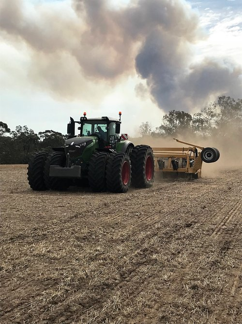 Fendt+&+Depthcharger+with+smoke+in+background.jpeg