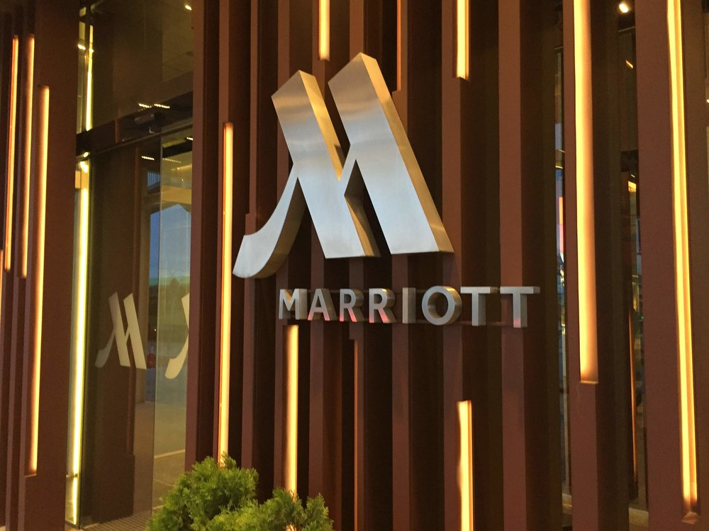 Marriott sign at the hotel entry