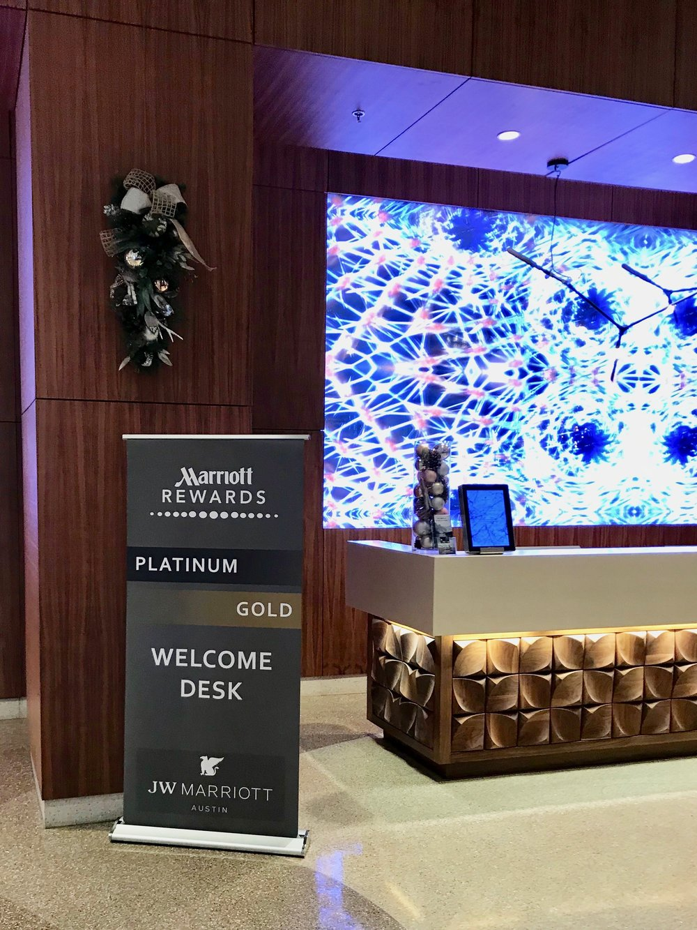 There is a check-in desk reserved for Marriott Rewards Platinum and Gold Elite members