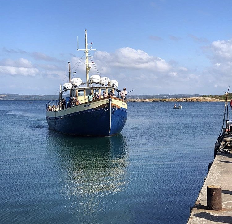 Hallands Väderö - Gör en utflykt till Hallands Väderö med Väderöbåtarna som enkelt och smidigt tar dig över till Ön från Torekovs hamn.