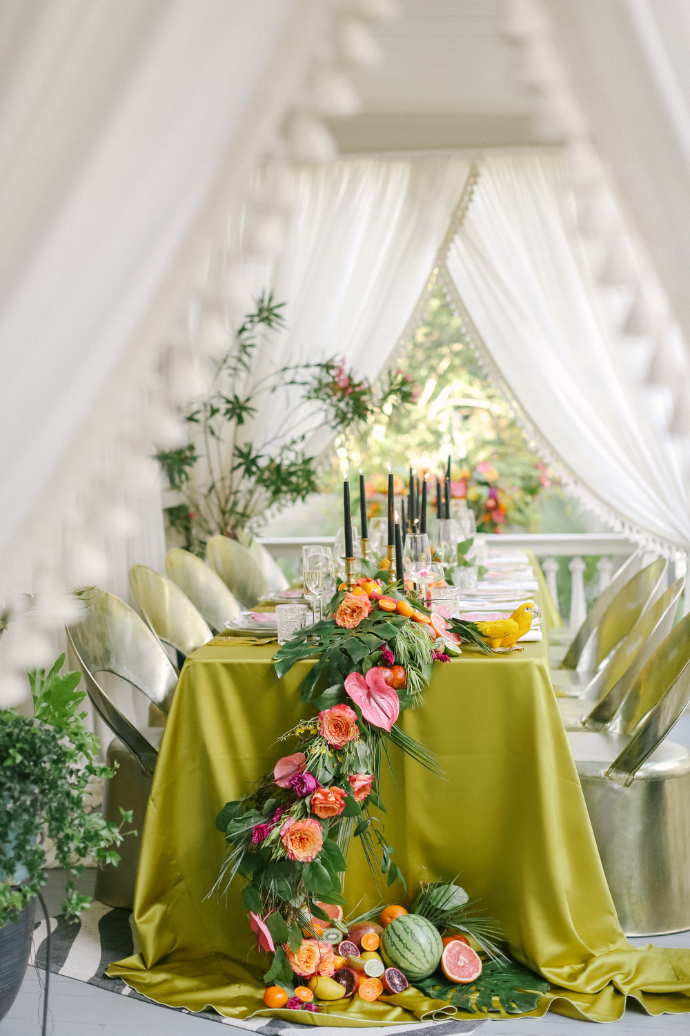 Charleston Porch Party, Events by Reagan, Dinner party, Tropical party, Charleston Event Planner , Table Setting , Fruit and Flower Decor