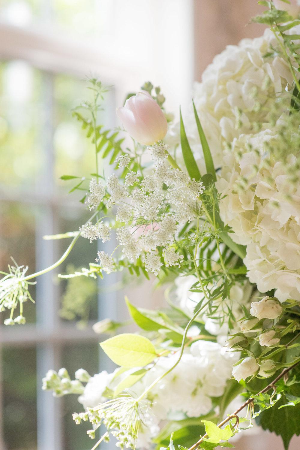 North Carolina Wedding, Events by Reagan, Destination Wedding Planner, Pink and white flower arrangements