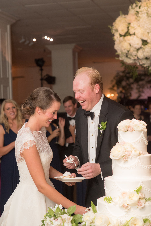 North Carolina Wedding, Events by Reagan, Destination Wedding Planner, Bride and Groom, Cake cutting
