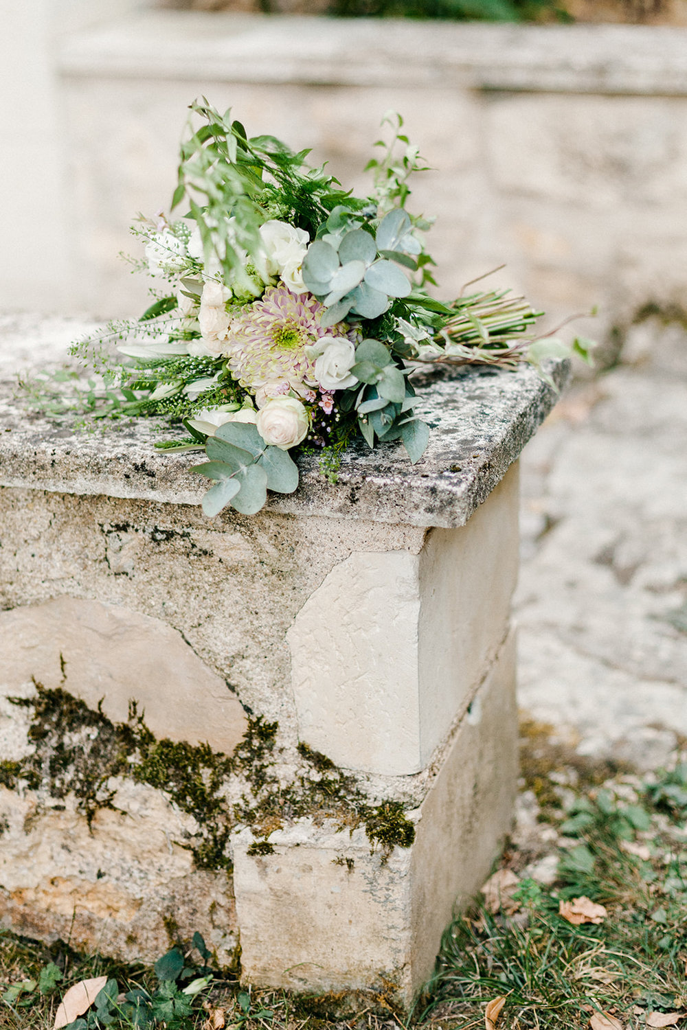 French Chateau Wedding, Events by Reagan, France Wedding, Destination Wedding Planner, Flower bouquet