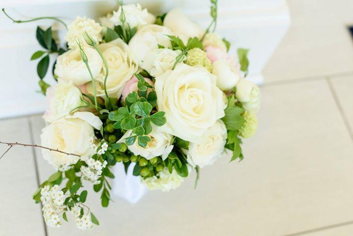 Hillary Bouquet.jpg