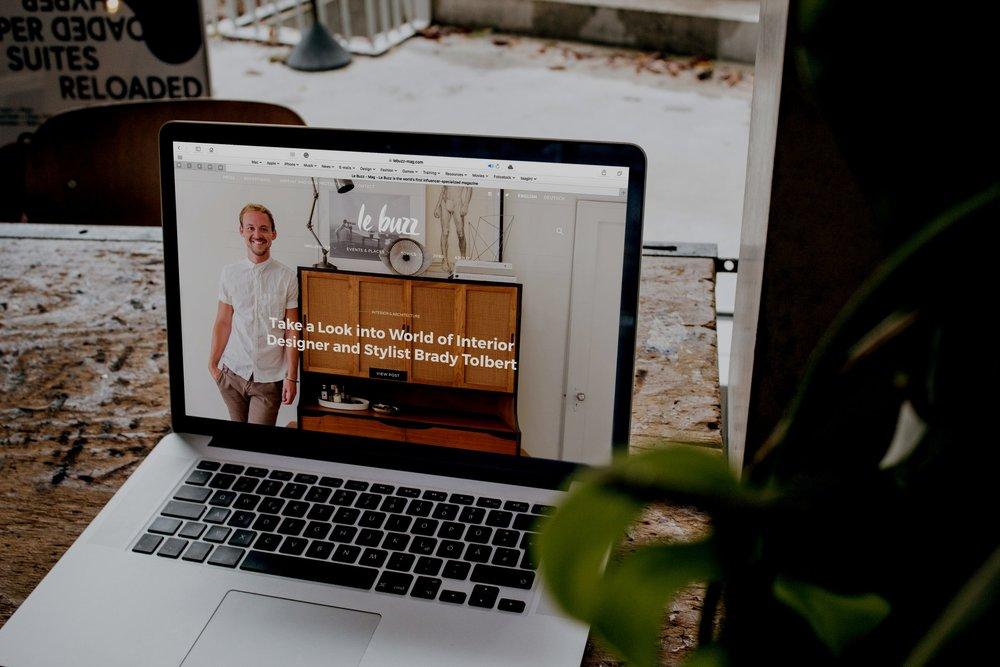 Website Design & Mgmt -