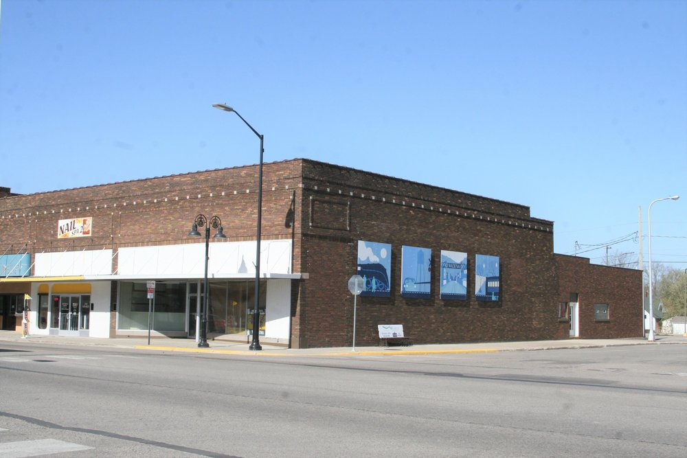 The former Coast-to-Coast building as shown in May 2018 was soon to be remodeled into Drastic Measures Brewing now planned to open in February. Michael Johnson/Pioneer Journal