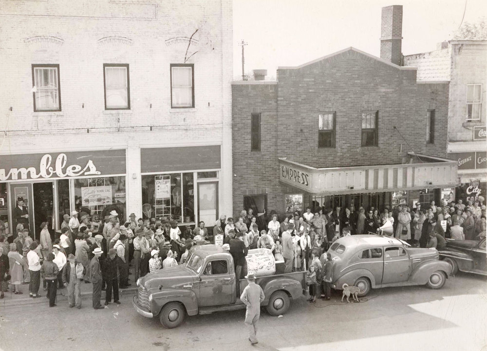 Leif Enger's latest novel features the owner of a small-town movie theatre named after the Empress Theatre that once stood in Osakis. (Contributed)