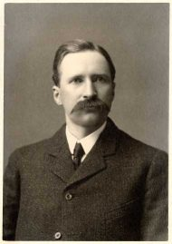 Carlos Avery, executive agent for the Minnesota Game and Fish Commission, 1907. Photograph by Petri & Svenson.