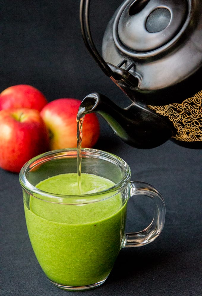 Kale-apple-and-green-tea-hot-smoothie.jpg