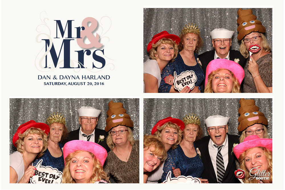 glitter-booth-photo-booth-grand-rapids-img_0149.jpg