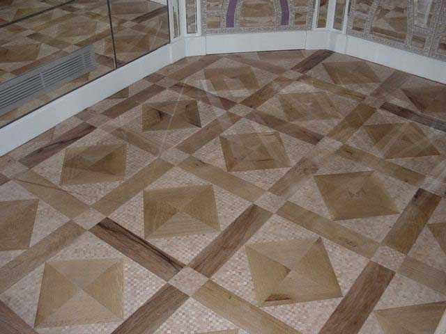 Mosaïque en bois 2 (1).JPG