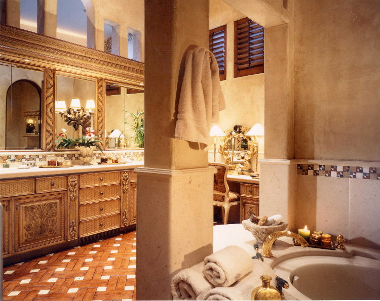 Fertitta bath 1.jpg