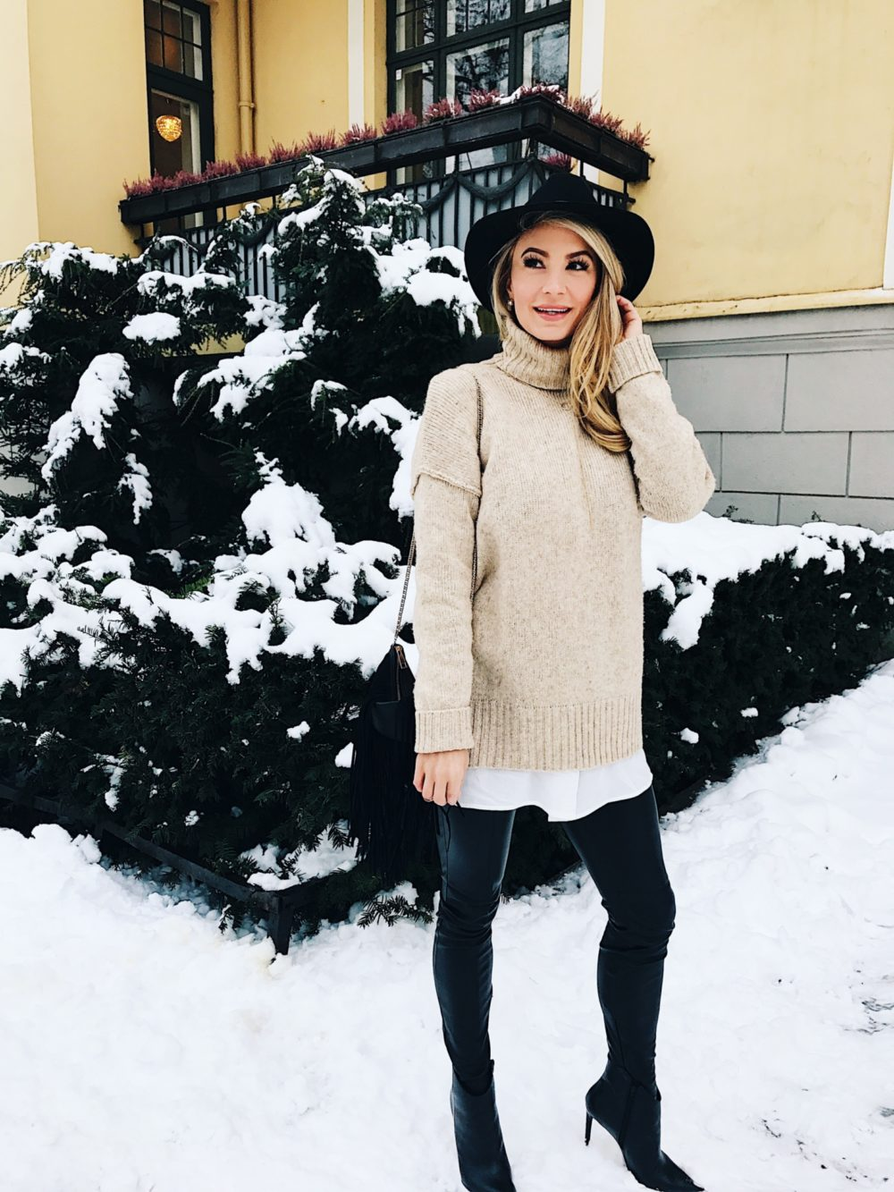 Sweater-Weather-10.jpg