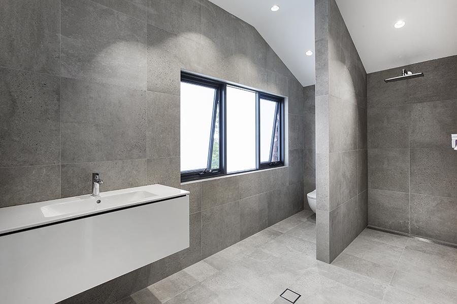 Trent Gabriels Bathroom.jpg