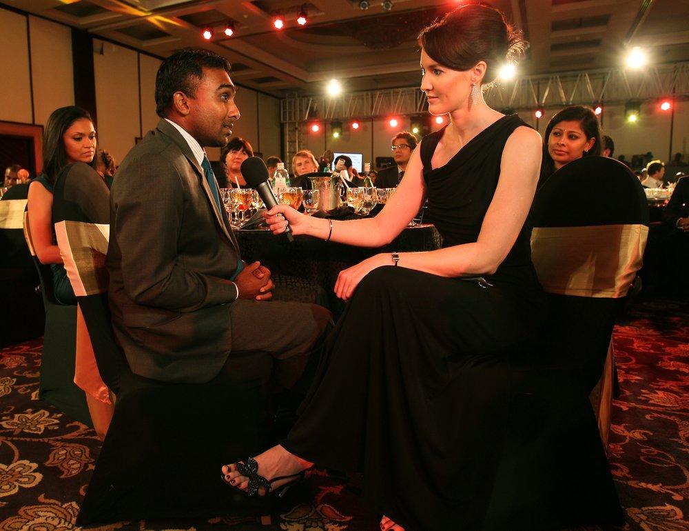 Alison Mitchell interviewing Mahela_4.jpg
