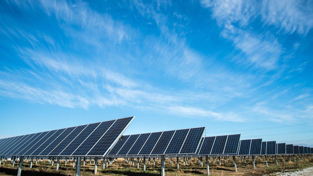 Herzlich Willkommen - Wir sind Ihr kompetenter und professioneller Partner in allen Fragen rund um Photovoltaiksysteme.