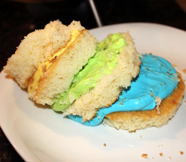 Mini layer cake FAIL @ohbotherblog
