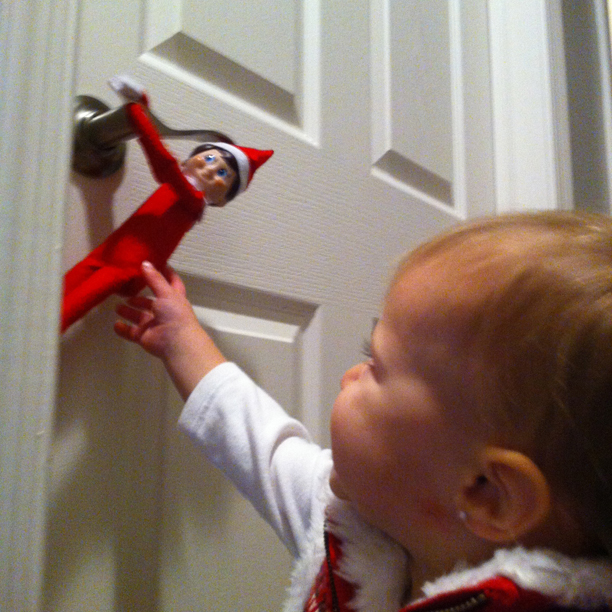 Touching the Elf on the Shelf @ohbotherblog