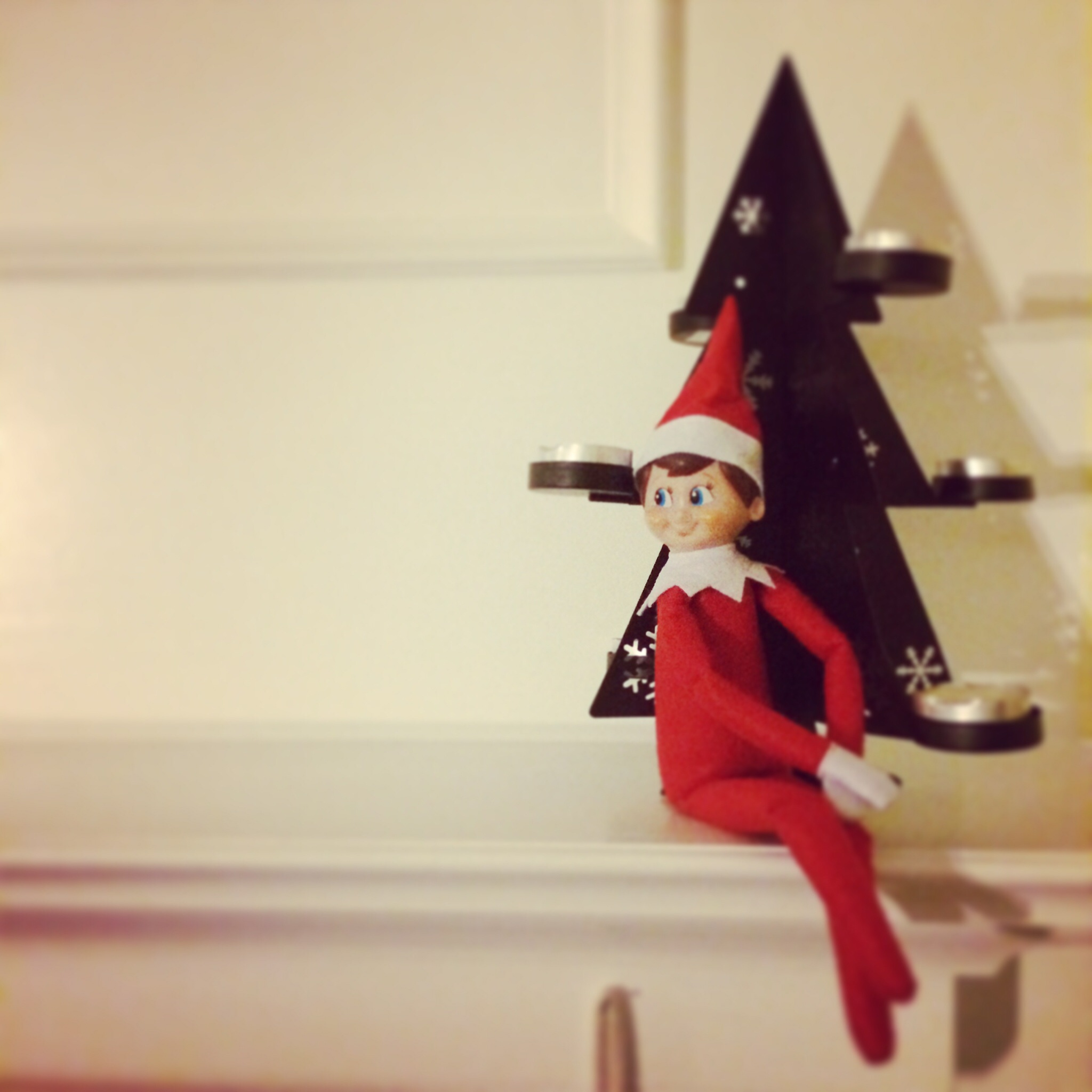 Elfis, the Elf on the Shelf @ohbotherblog