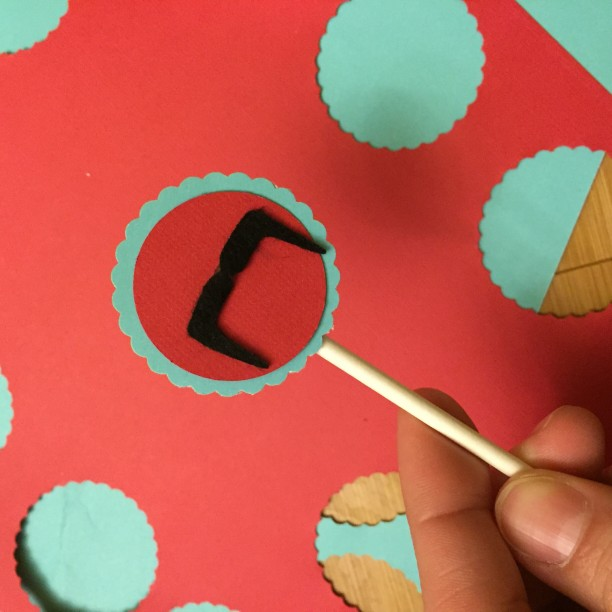 DIY cupcake pick decorations @ohbotherblog
