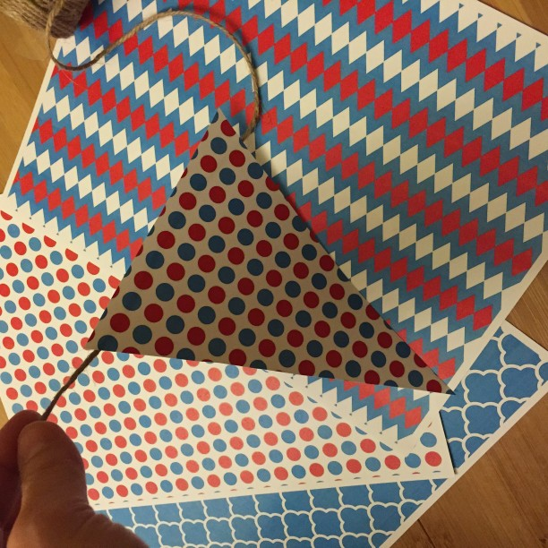 DIY paper bunting banner @ohbotherblog