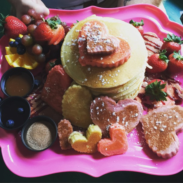Birthday Pancakes for a picky toddler @ohbotherblog