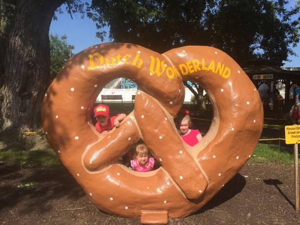 The giant pretzel at Dutch Wonderland @ohbotherblog
