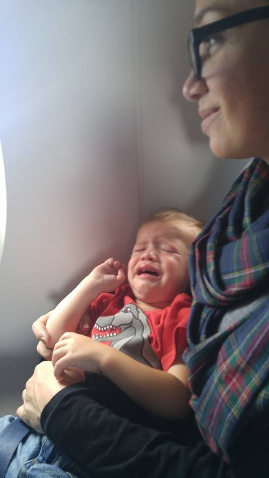 Airplane meltdown with a toddler @ohbotherblog