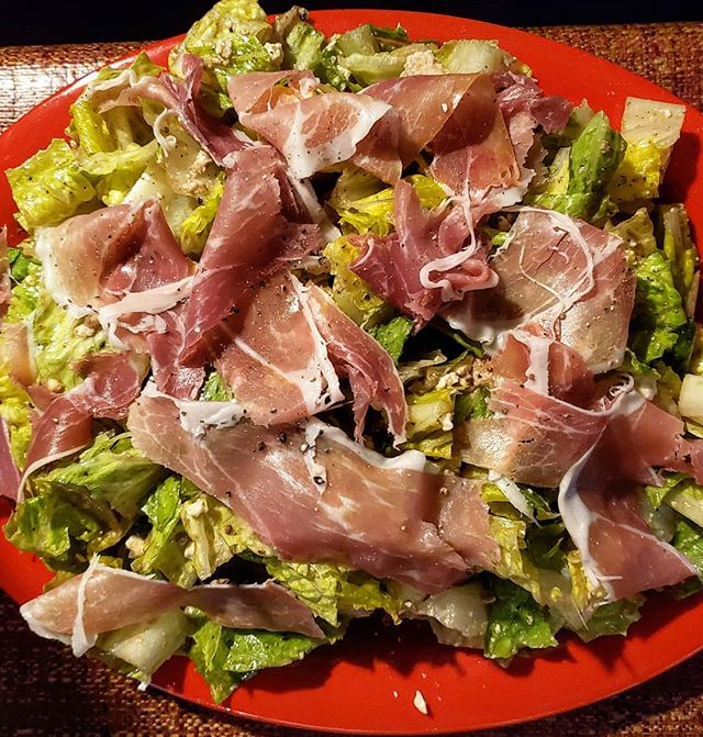 Testing out possible salad ideas, including one with prosciutto. Yes or no? Share your #theospizzanola salad wishes in the comments! . . #NOLA #neworleans #igersneworleans #showmeyournola #followyournola #nolafood #nolaeats #eeeeeats #OnlyLouisiana #TasteLouisiana #foodiegram #foodstagram #instafood #buzzfeast #f52grams #feedfeed #spoonfeed #forkyeah #huffposttaste #eattheworld #myfab5 #letseatyall #pizza