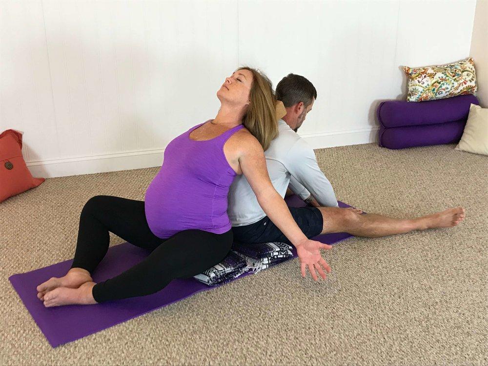 couples-birth-yoga.jpg