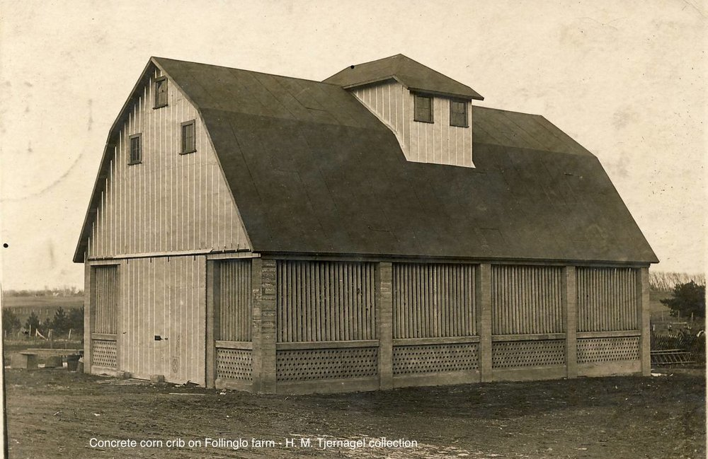 Concrete Corncrib on Follinglo Farm, photo courtesy of the H. M. Tjernagel collection and  Tjernagel.org