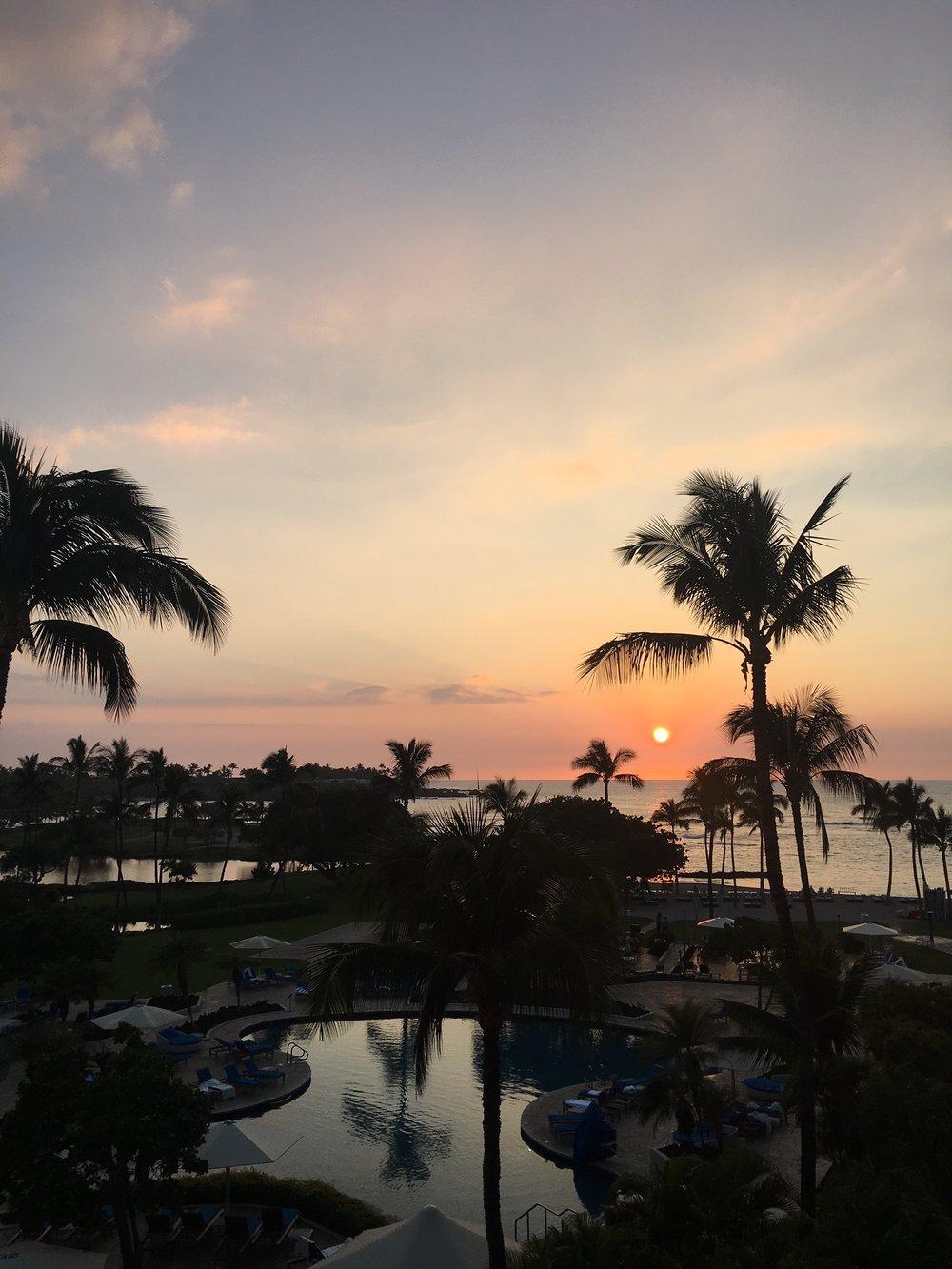 Maunalani at sunset yesterday.JPG