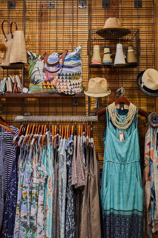 women-store-dresses.JPG